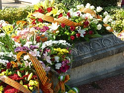 09-11 ofrena tomba paucasals web